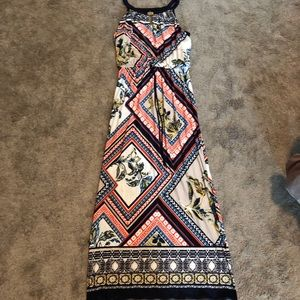 Enfocous Studio Maxi Dress Size S